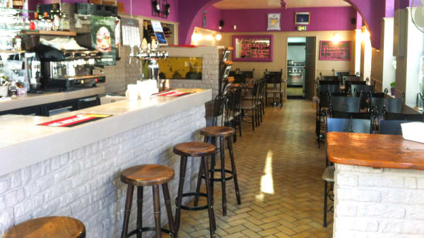 Vue de la salle - Cafe De La Mairie, Escaut