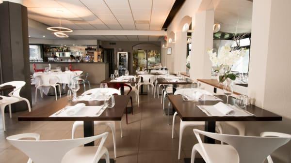 Salle du restaurant - Le Contemporain, Villars-Sainte-Croix