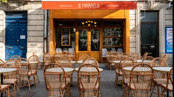 Vue de la terrasse - Le Mirabelle, Bordeaux
