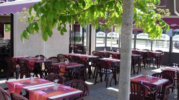 terrasse - Alyson Kfé, Voisins-le-Bretonneux