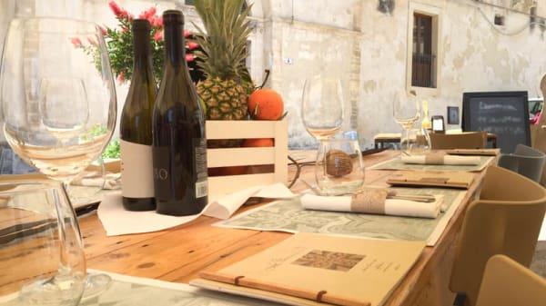 Outdoor restaurant - LoSteri, Ragusa