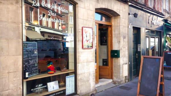 Entrée - La Conjuration Des Fourneaux, Rouen