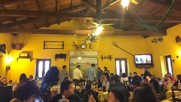 Sala del ristorante - Agriturismo Aia Antica, Padula
