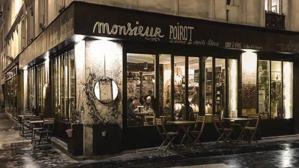 Poirot by night - Monsieur Poirot, Paris