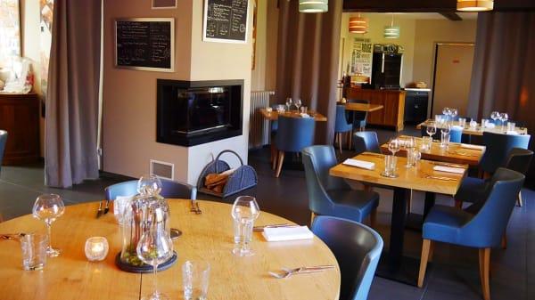 Salle de restaurant - La Fine Auberge, Moulineaux