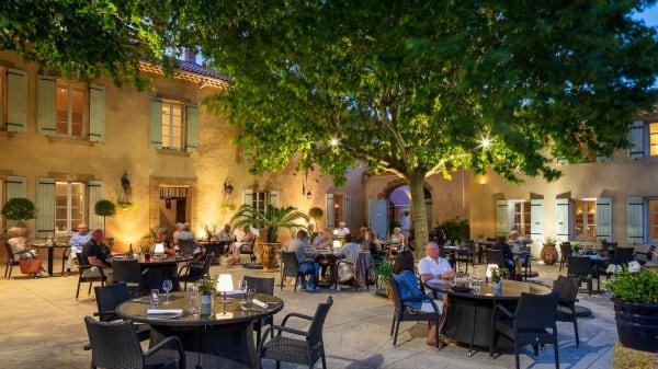 Terrasse - Le Pré du Moulin - Maison Alonso, Sérignan-du-Comtat