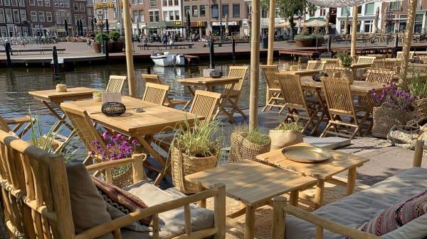 Terras - Rodos Good Taste, Leiden