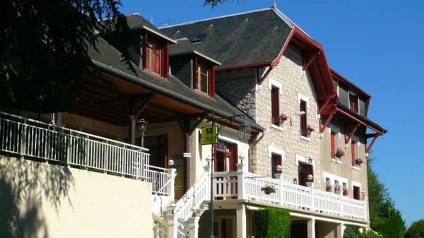 Façade - O Pervenches, Chambéry