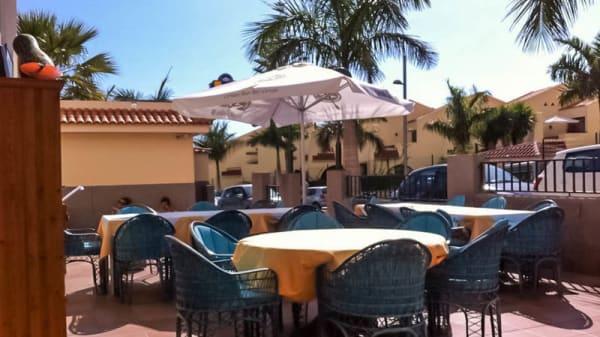 Vista terraza - Bistrot Boutique Arché, Club Miraverde