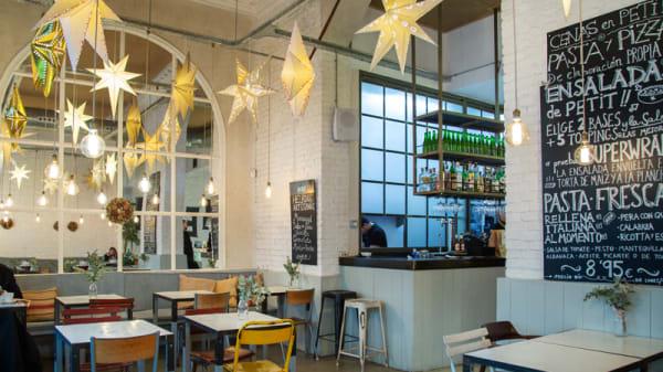 Vista sala - Petit Appetit - Miguel Angel, Madrid