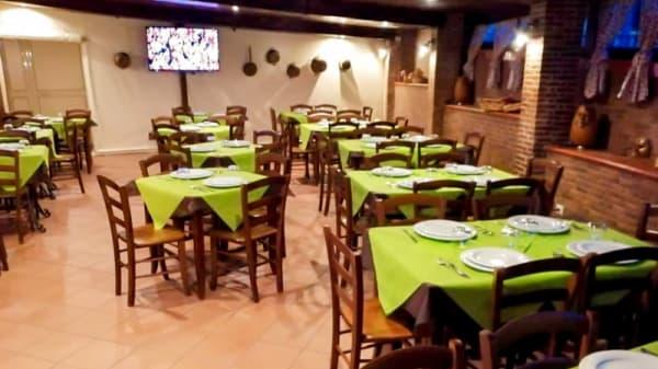 Veduta dell interno - Alice's Restaurant, Bacoli