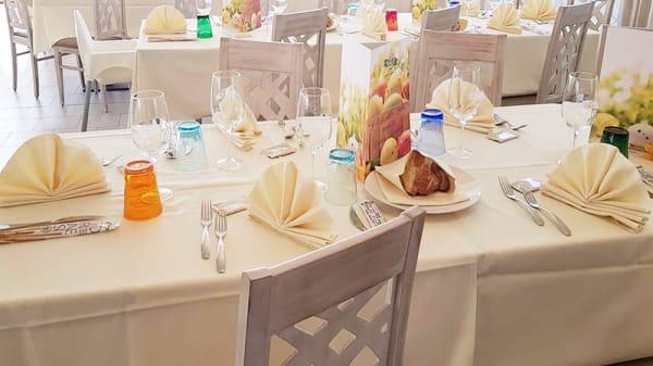 Particolare tavolo - Ristorante Pizzeria Sala, Cazzago San Martino