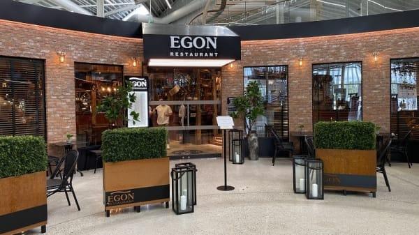 Entrance - Egon Kvadrat, Sandnes