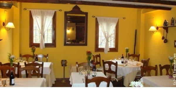 Vista sala - El Alquimista, Patones