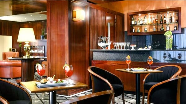 l Aperitivo al bar - L'Arengo, Città di San Marino