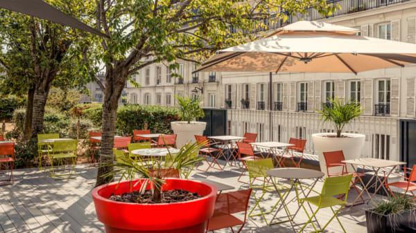 La Terrasse du 1er étage - Mercure Paris Montmartre - Le Bar Lounge, Paris