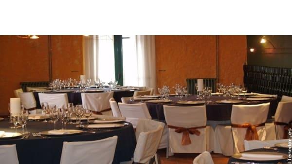 Vista de las mesas - Heretat Masgranell de la Costa, Moja