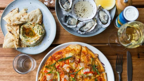 BearBrass, Oysters, Pizza, Flat Bread & Dips - BearBrass, Southbank (VIC)