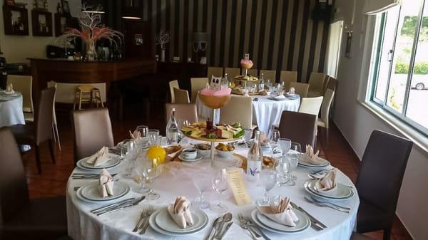 Sala - Restaurante Pérola do Fetal, Reguengo Do Fetal