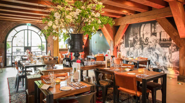 Het restaurant - Van Rossum, Woerden