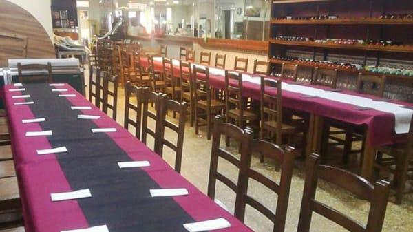 Vista de la sala - Bar Restaurante La Oficina, Burjassot