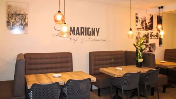 Salle du restaurant - Le Marigny, Salon-de-Provence