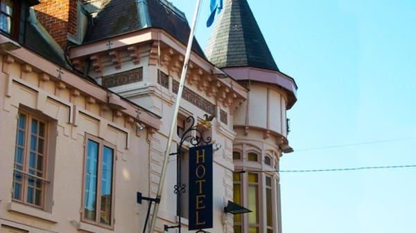 Extérieur - La Tour du Roy, Vervins