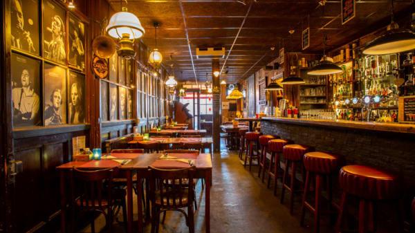 Het restaurant - De Paraplu - lunch • diner • borrel, Den Haag