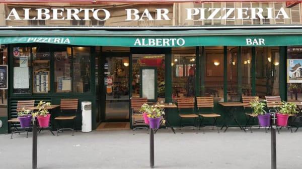 Extérieur - Chez Alberto, Paris
