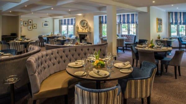 Photo 3 - Emlyn Restaurant at Burford Bridge Hotel, Dorking