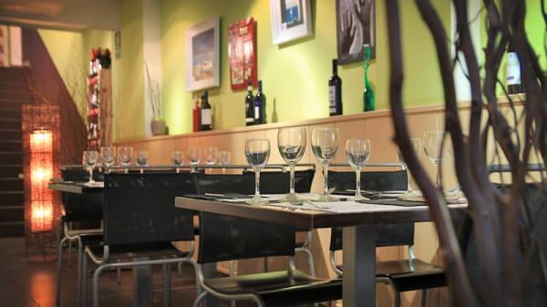 detalle mesas y decoración - L'Oliva, Barcelona