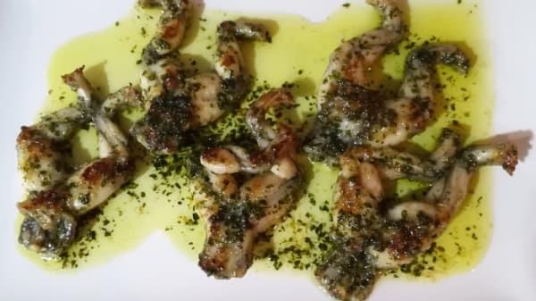 Frogs Legs, Garlic Butter - GastroVinum, Fuengirola