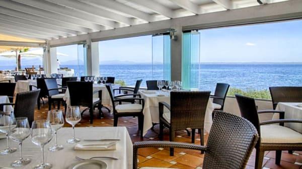 Vista de la sala - La Terraza Alcanada Lounge, Alcudia