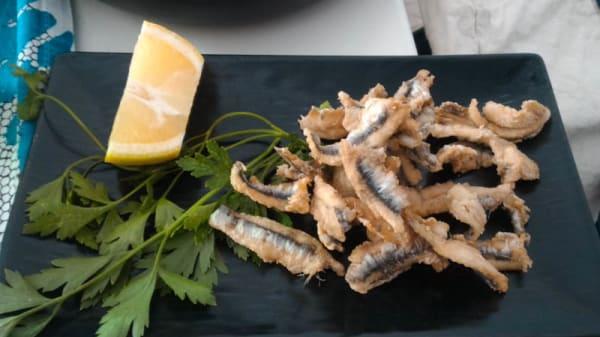 Fritturina di alici del golfo spinate - Macellum Restaurant - Pozzuoli, Pozzuoli