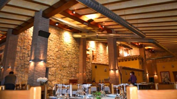 Sala - Masia restaurante la caseta, Rotglà I Corberà