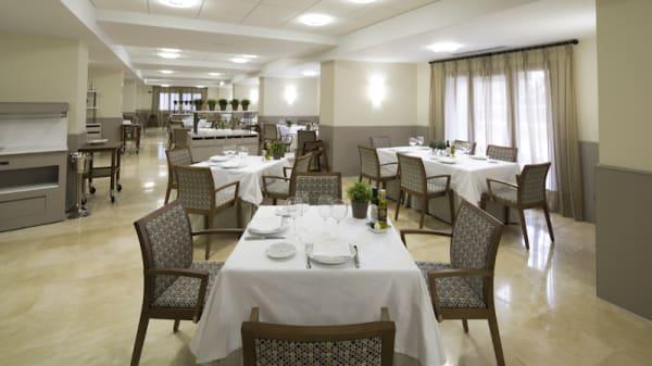 Vista sala - Restaurante Parador de Villafranca, Villafranca Del Bierzo
