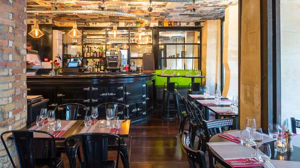 La salle du restaurante - L'Ange 20, Paris