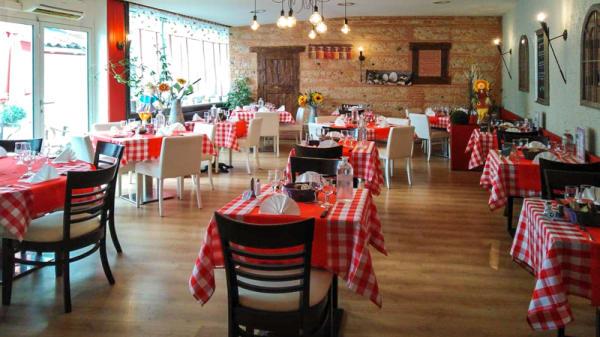 Salle du restaurant - Auberge Ariegeoise chez Marlène et Philippe, Cazères