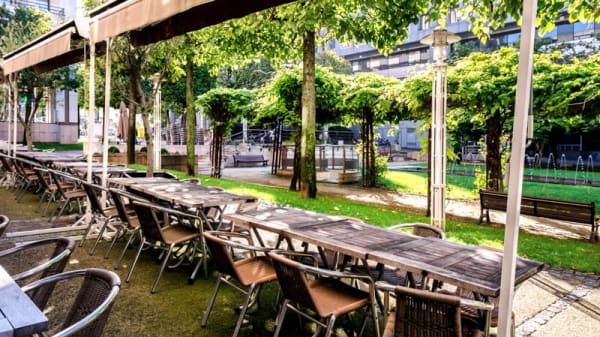 Terrasse - La Bergamote Caffé, Rueil-Malmaison