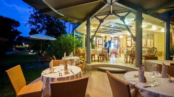 Terrazza - La Dolce Vita lounge bar & restaurant, Forte Dei Marmi