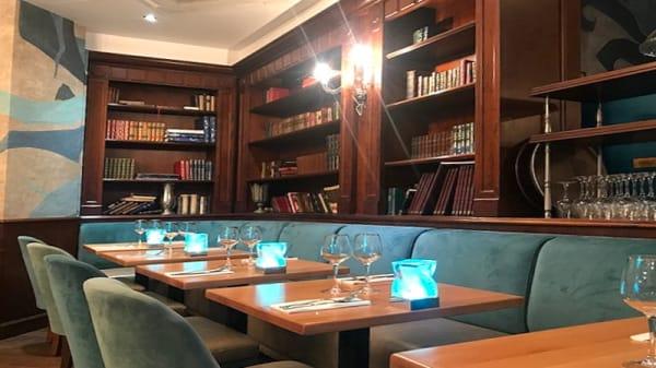 Salle du restaurant - Le Drapeau, Vincennes
