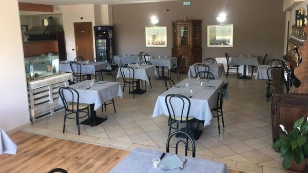 Sala Interna - BarH - Pizza & Grill, Angera