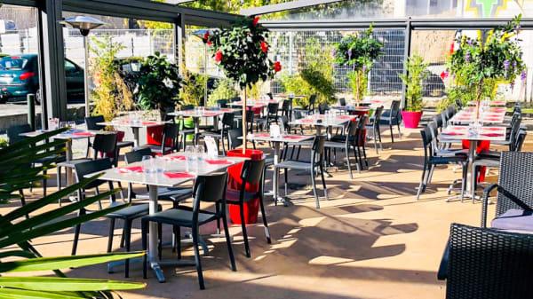 Terrasse - Brasserie O'melting, Bègles
