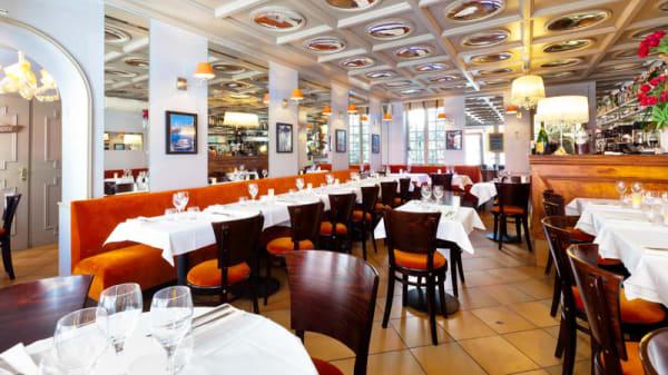 Vue de la salle - La Table des Oliviers, Neuilly-sur-Seine