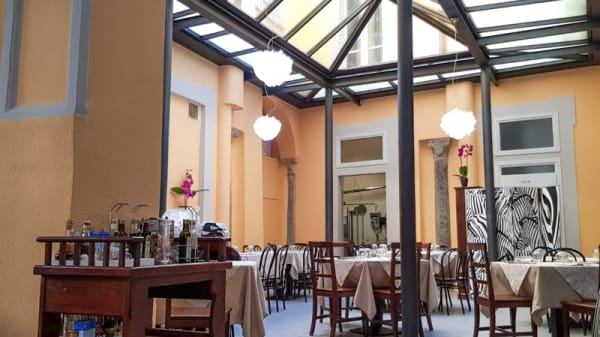 Sala - La Signora di Salerno, Pallanza