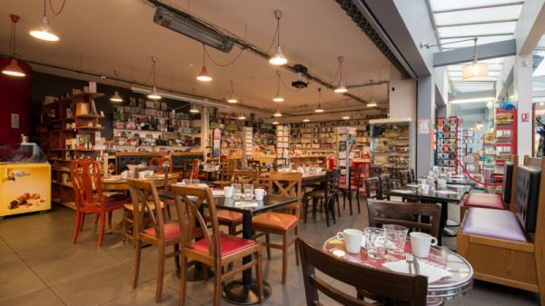 Salle du restaurant - Le Cent Huit, Paris