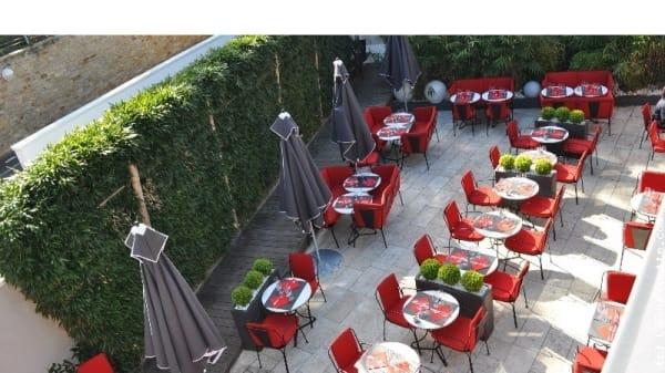 Zoom sur la terrasse - Rouge, La Baule-Escoublac