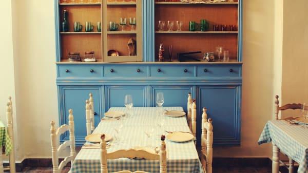El local está en una casa antigua mediterránea - Donna, Aldaia