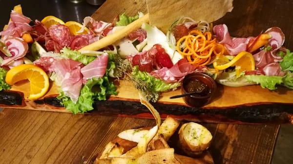 Luta's Sapore Divino in Salò - Menu, openingsuren, adres, foto's van  restaurant