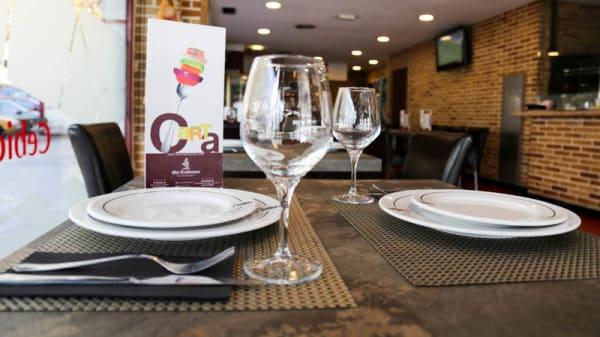 Detalle mesa - Mis Tradiciones - Paseo de Yeserías, Madrid